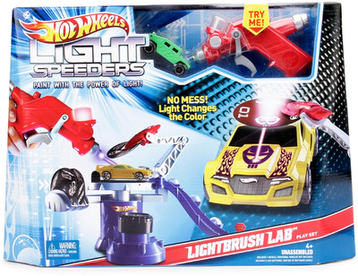 hot-wheels-light-speeders-lightbrush-lab-400x400-imae3yrpf6jn3vjs